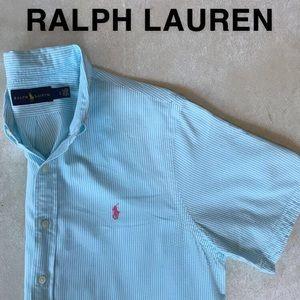 Short sleeve button down
